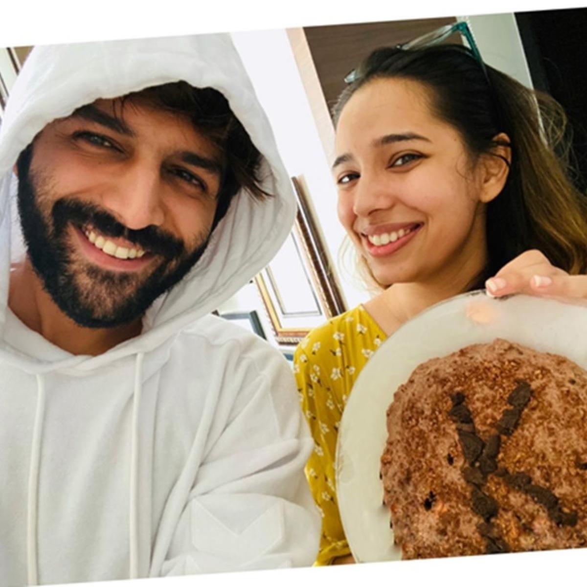 Chota cake bada biscuit ban gaya': Kartik Aaryan shares his 'baking fail' moment on sister's birthday
