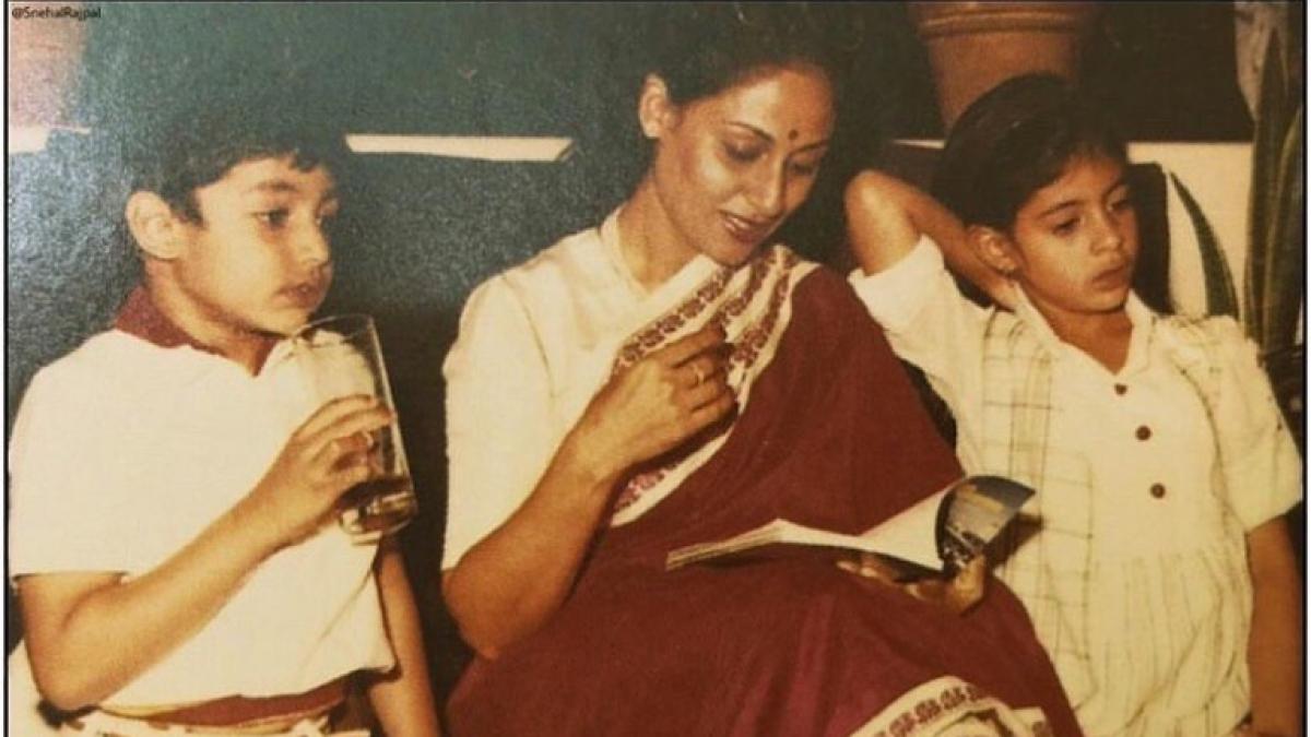 Abhishek, Shweta wish mom Jaya Bachchan on her birthday, who is in Delhi due to COVID-19 lockdown