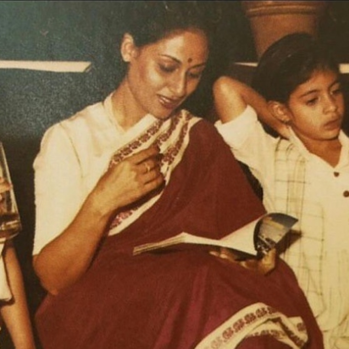 Abhishek, Shweta wish mom Jaya Bachchan on her birthday, who is in Delhi due to COVID-19 lockdown