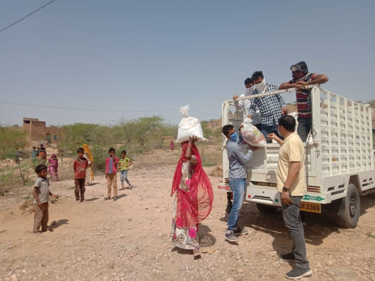 Farmer spends Rs 48 lakh of life's savings to provide ration kits to 6000 needy families