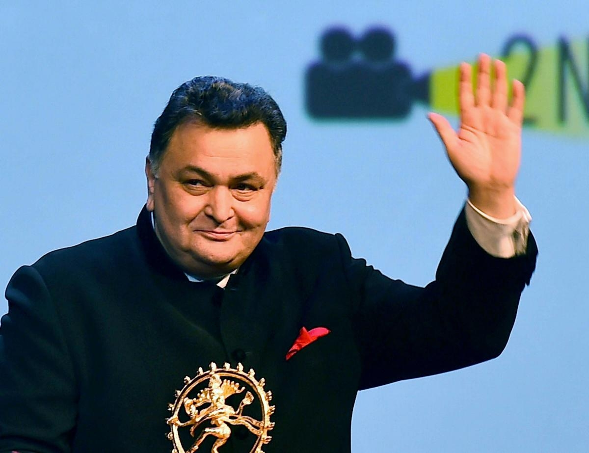 World mourns the loss of Bollywood's romantic hero- Rishi Kapoor
