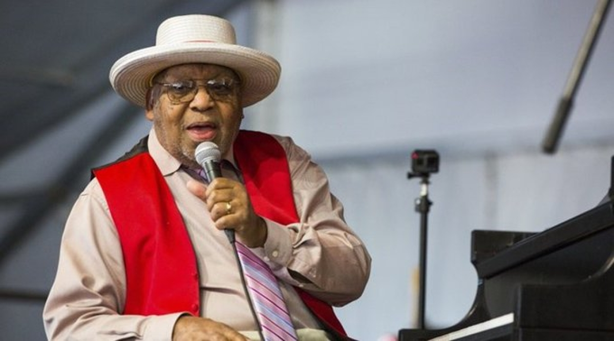 Jazz legend Ellis Marsalis Jr dies at 85 due to complications from COVID-19
