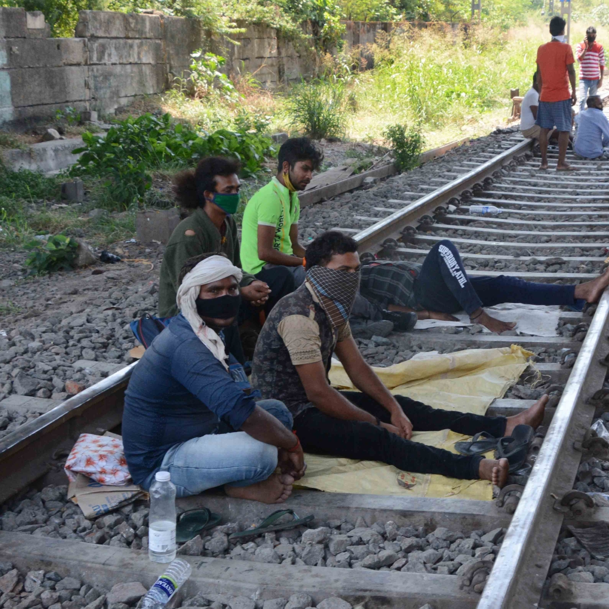 14 migrant workers run over by goods train in Maharashtra's Aurangabad
