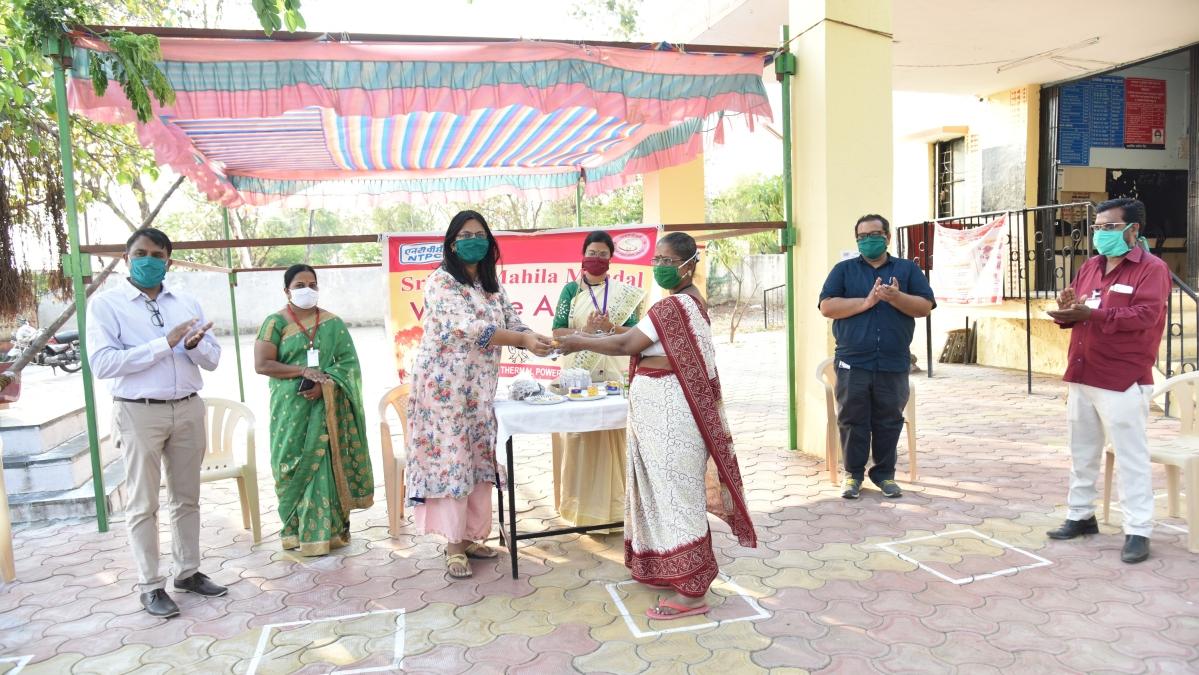 SrujanaMahila Mandal, NTPC-Solapur distribute medical material to the Primary Health Centre