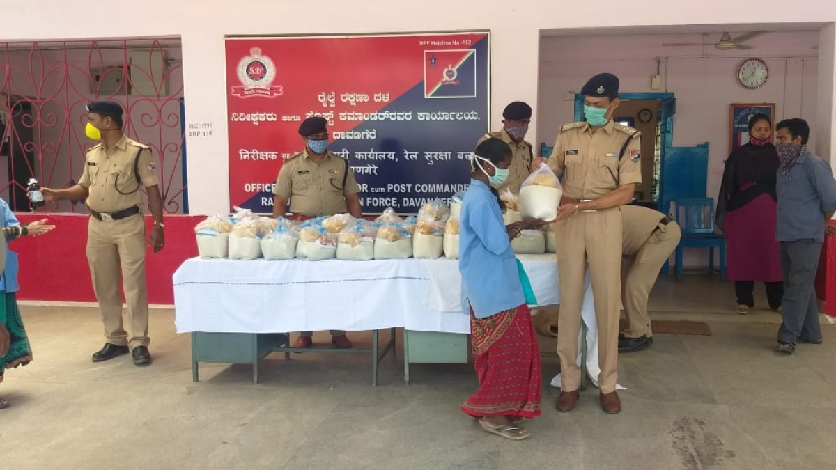 SWR provides free meals to the needy in Mysuru division