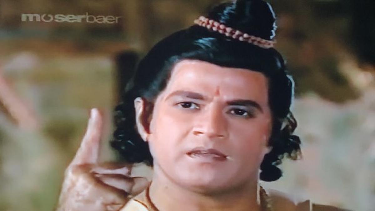 DD top boss Shashi Shekhar hits back at user claiming 'Doordashan is streaming 'Ramayan' from Moser Baer DVD'