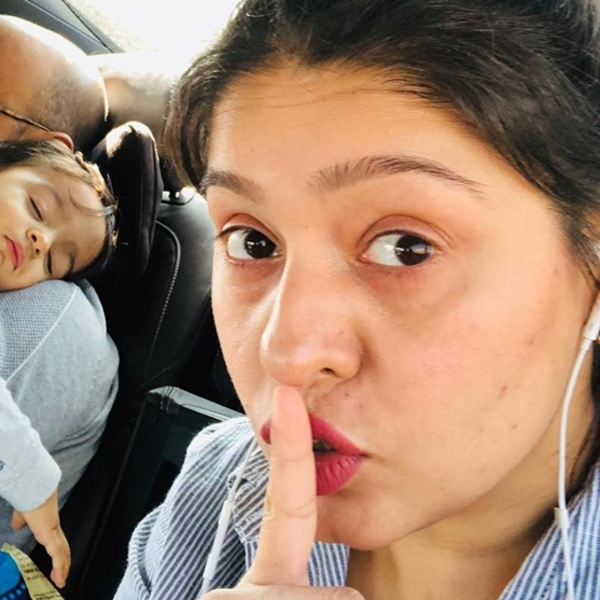 Has Sunidhi Chauhan parted ways from husband Hitesh Sonik after 8 years? Here's the truth