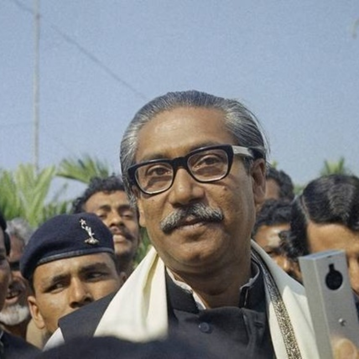 Bangladesh executes ex-Army officer who assassinated country's first President Sheikh Mujibur Rahman