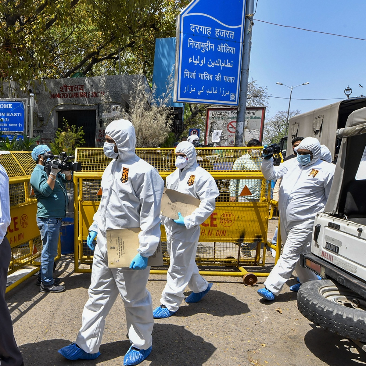 Amid coronavirus outbreak Delhi-Noida border to remain sealed