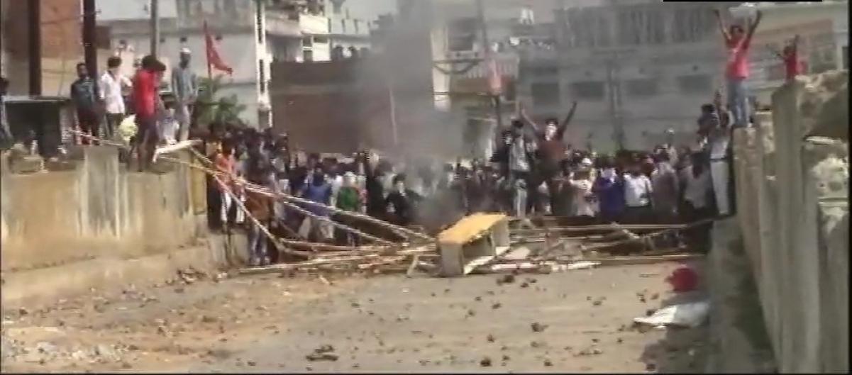 Coronavirus in Odisha: Locals break social distancing norms in Rourkela's de-containment zones; clash with police