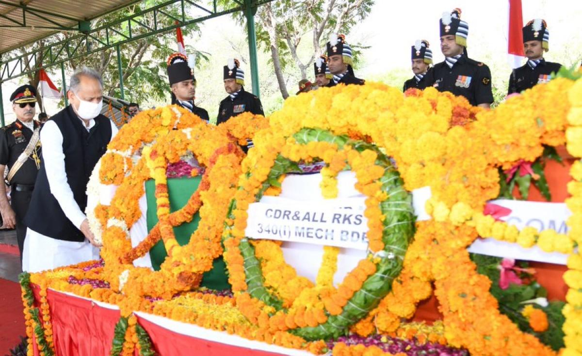 Rajasthan Chief Minister Ashok Gehlot paid a   tribute to Col Ashutosh Sharma