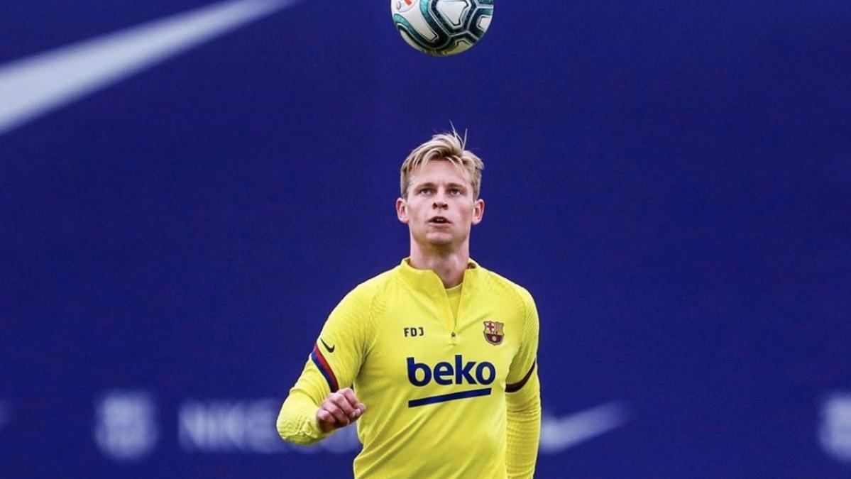 Barcelona needs 'few more weeks of training' before playing in the league, says Dutch midfielder Frenkie de Jong
