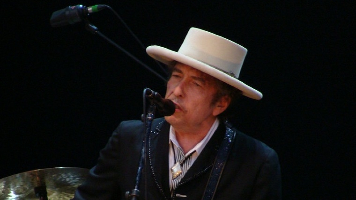 Bob Dylan announces first album of original songs in 8 years