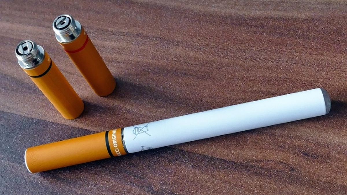 Ease of purchase, flavour among factors influencing youth to regularly use e-cigarettes