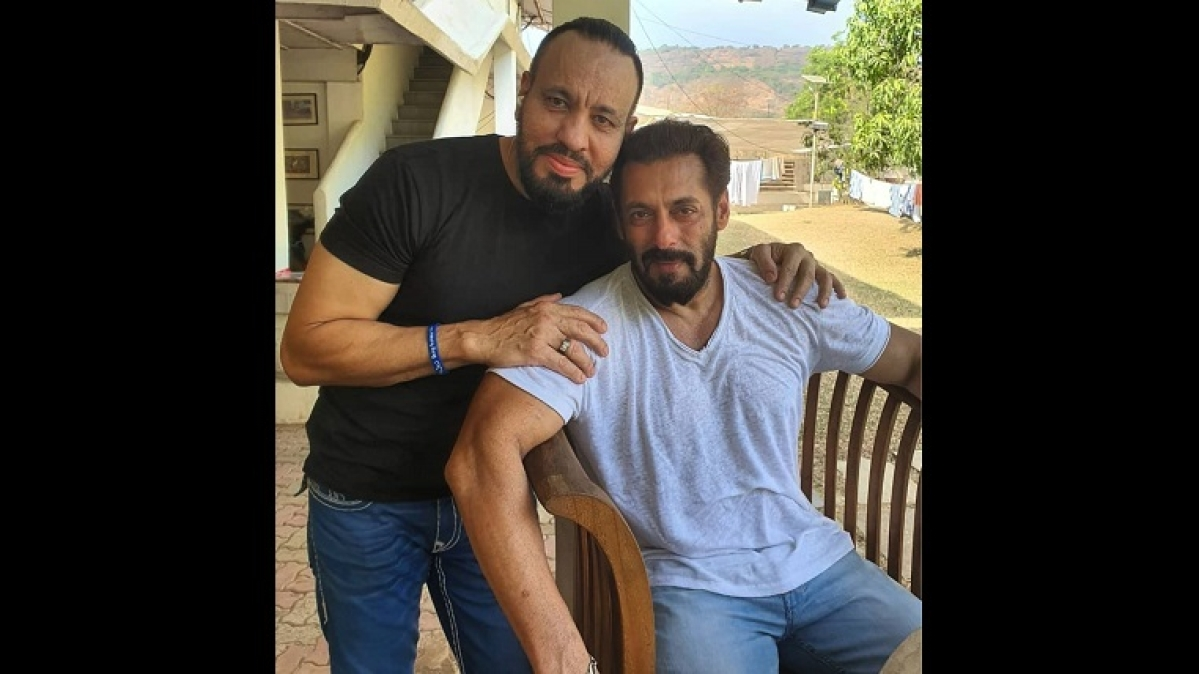 Salman Khan's bodyguard Shera shares photo with the actor; says 'Eid is never complete without my Maalik'