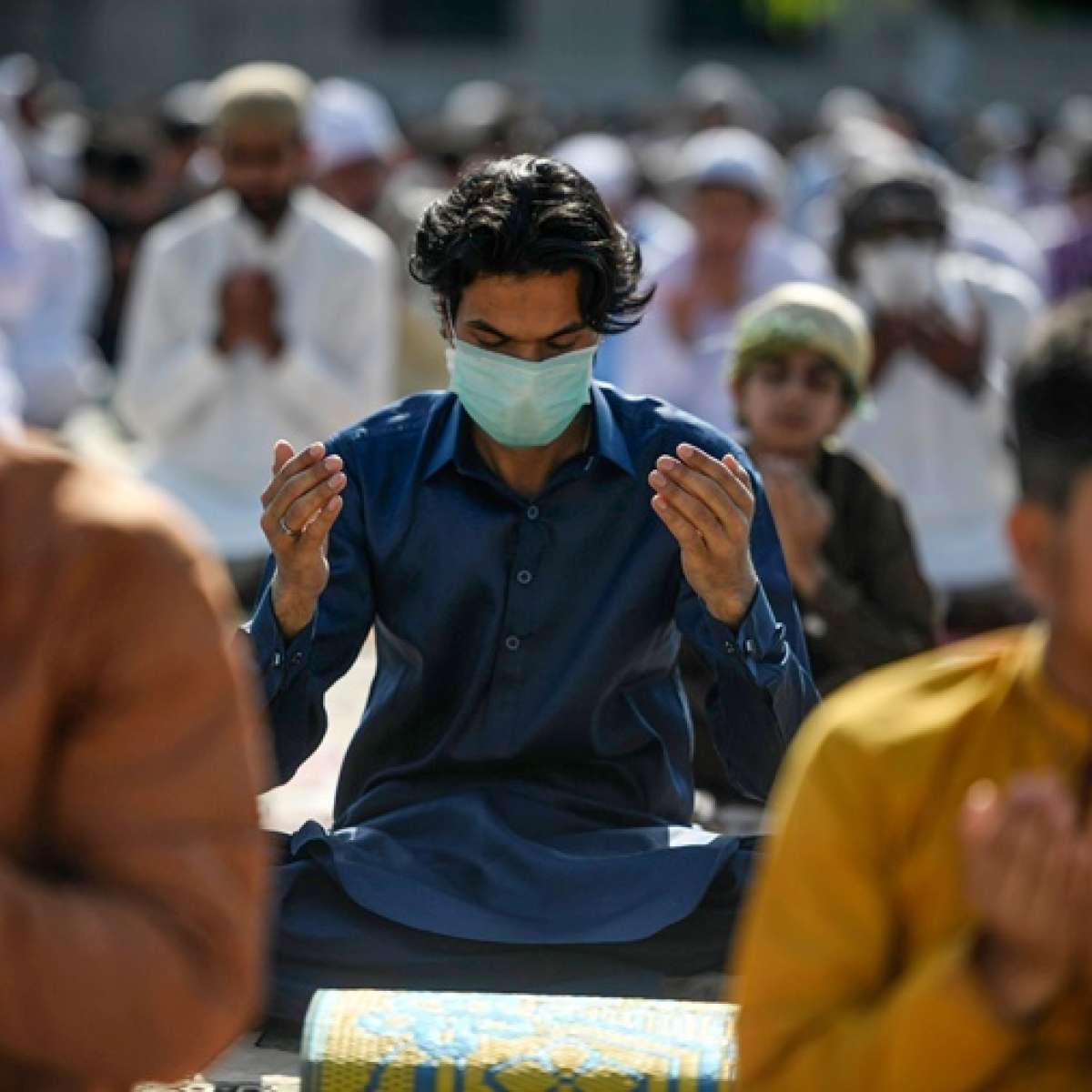 Eid-ul-Fitr 2020: Eid date, moon sight timing in India; all you need to know