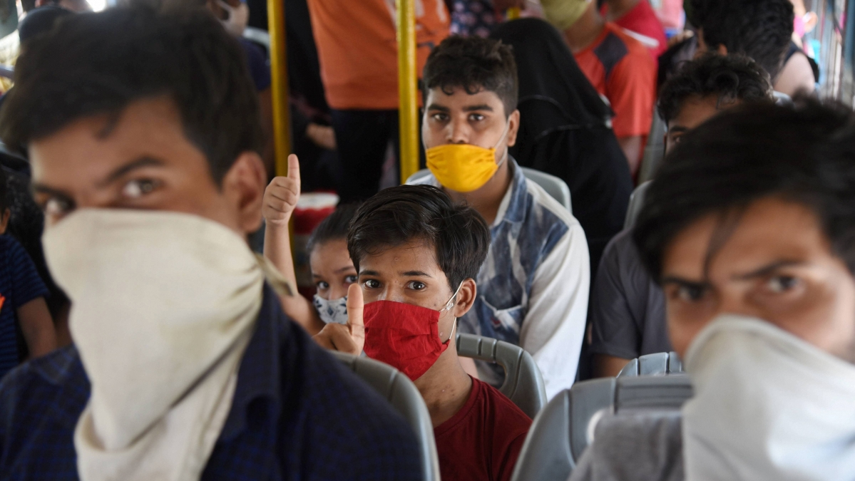 Mumbai reports 1,566 new coronavirus cases on Saturday, records 40 deaths