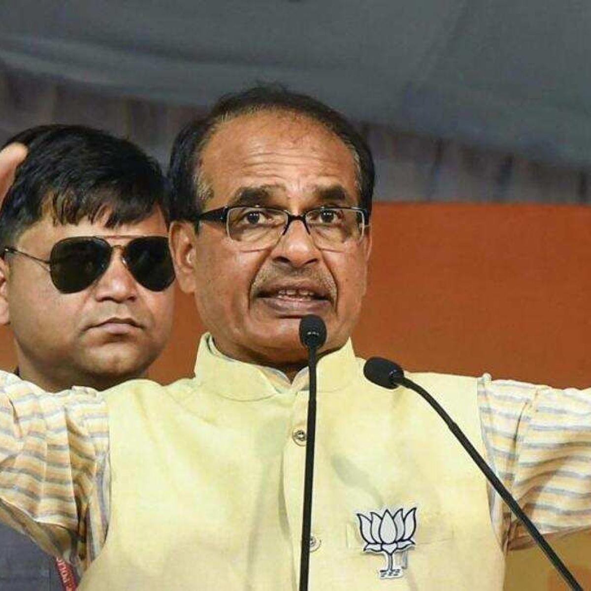 Madhya Pradesh: Don't play politics over migrants,learn from MP: Shivraj to Priyanka