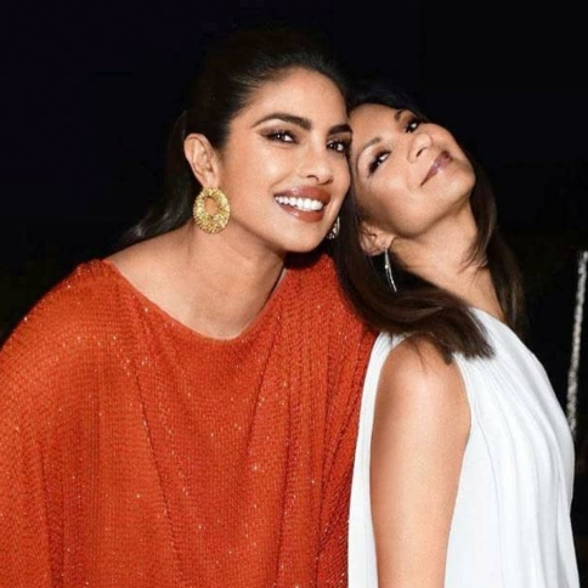Priyanka Chopra pens down sweet birthday message for manager Anjula Acharia