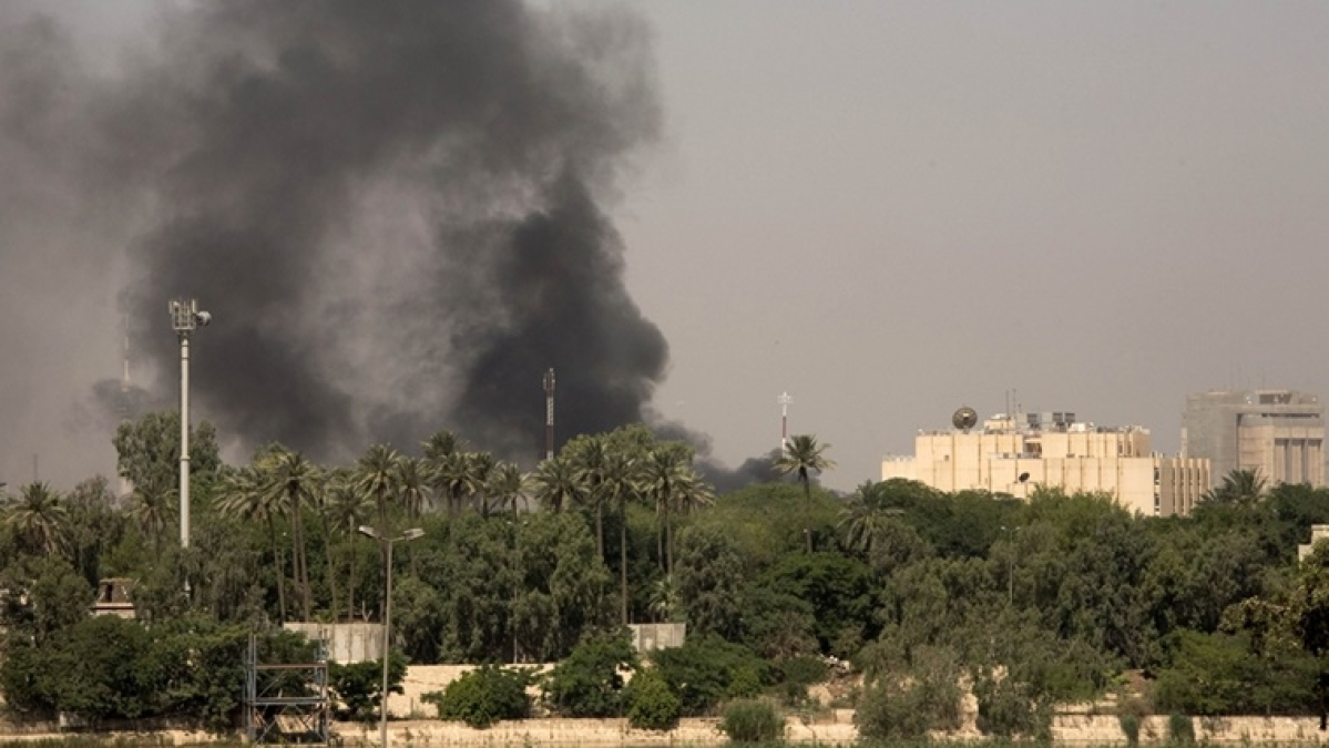 Rocket hits near US embassy in Baghdad's Green Zone