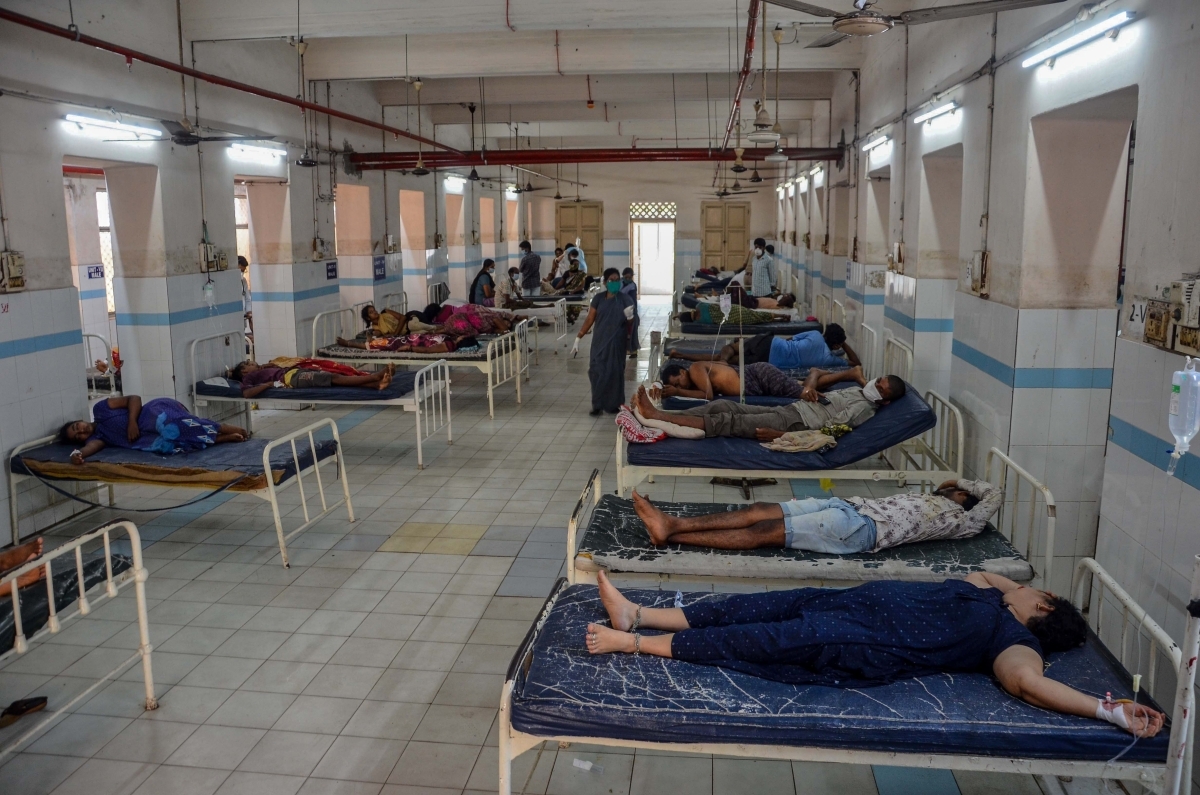 Victims in beds at King George Hospital mortuary in Visakhapatnam a day after the gas leak incident at LG Polymers plant.