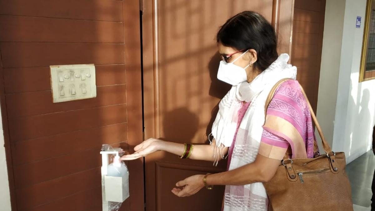 Coronavirus in Indore: DAVV employees demand Rs 50 lakh insurance cover before resuming work
