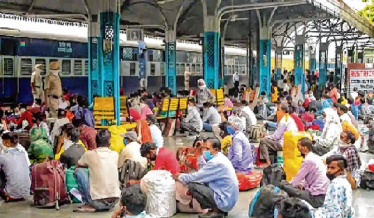 Madhya Pradesh: Indian Railways releases 200 special trains but excludes residents of Indore