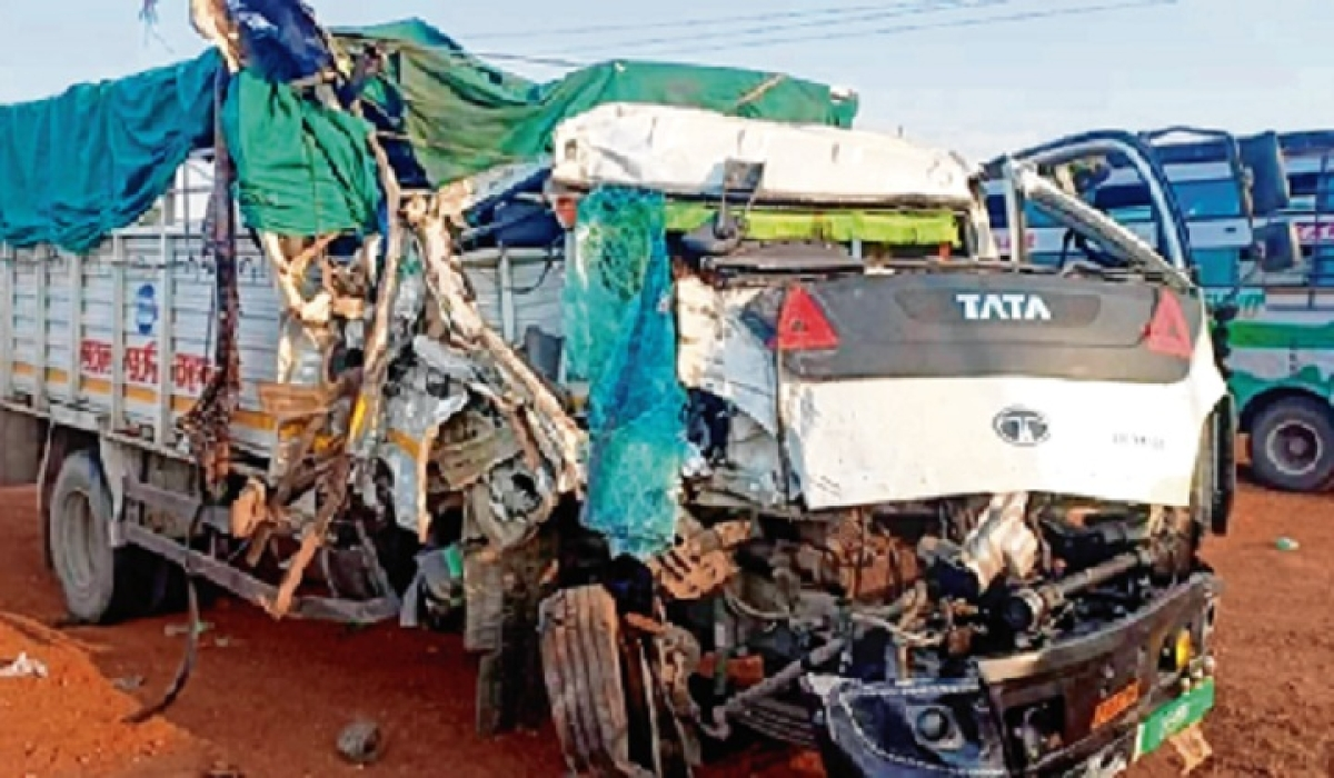 14 home-bound migrants killed in separate road mishaps, 60 hurt