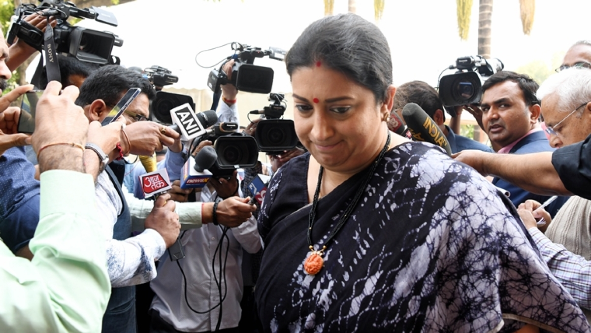 Smriti Irani trolled after Aaj Tak misquotes statement as 'ration provided to 80 crore families in India'