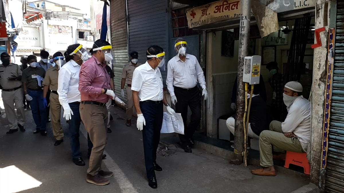 In Pics: New BMC Commissioner Iqbal Singh Chahal's first day in office amid lockdown