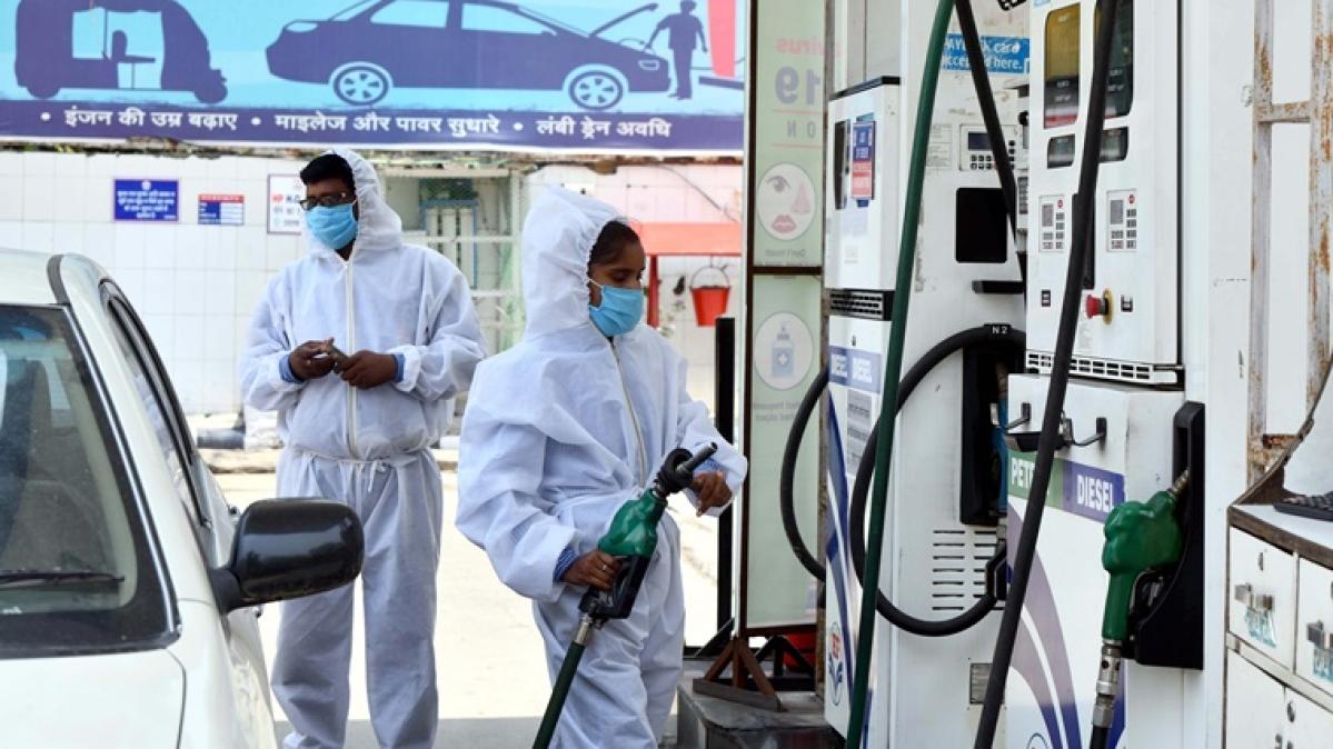 Delhi: Diesel is coatlier than petrol