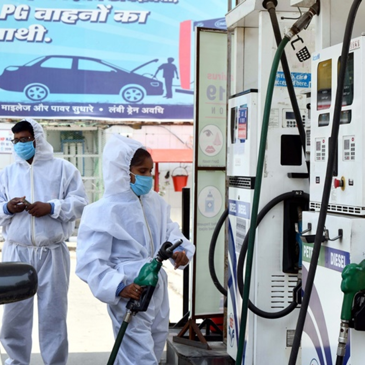 Petrol price remains unchanged, diesel hiked by 13 paise