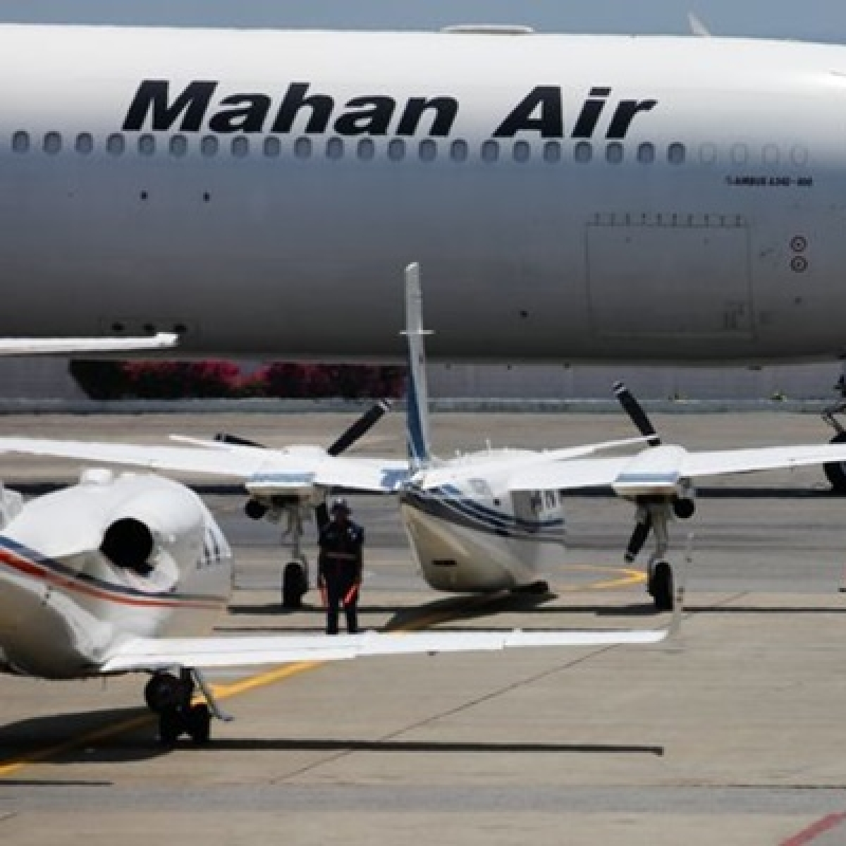 US sanctions China-based company for working with Iranian Airline Mahan Air