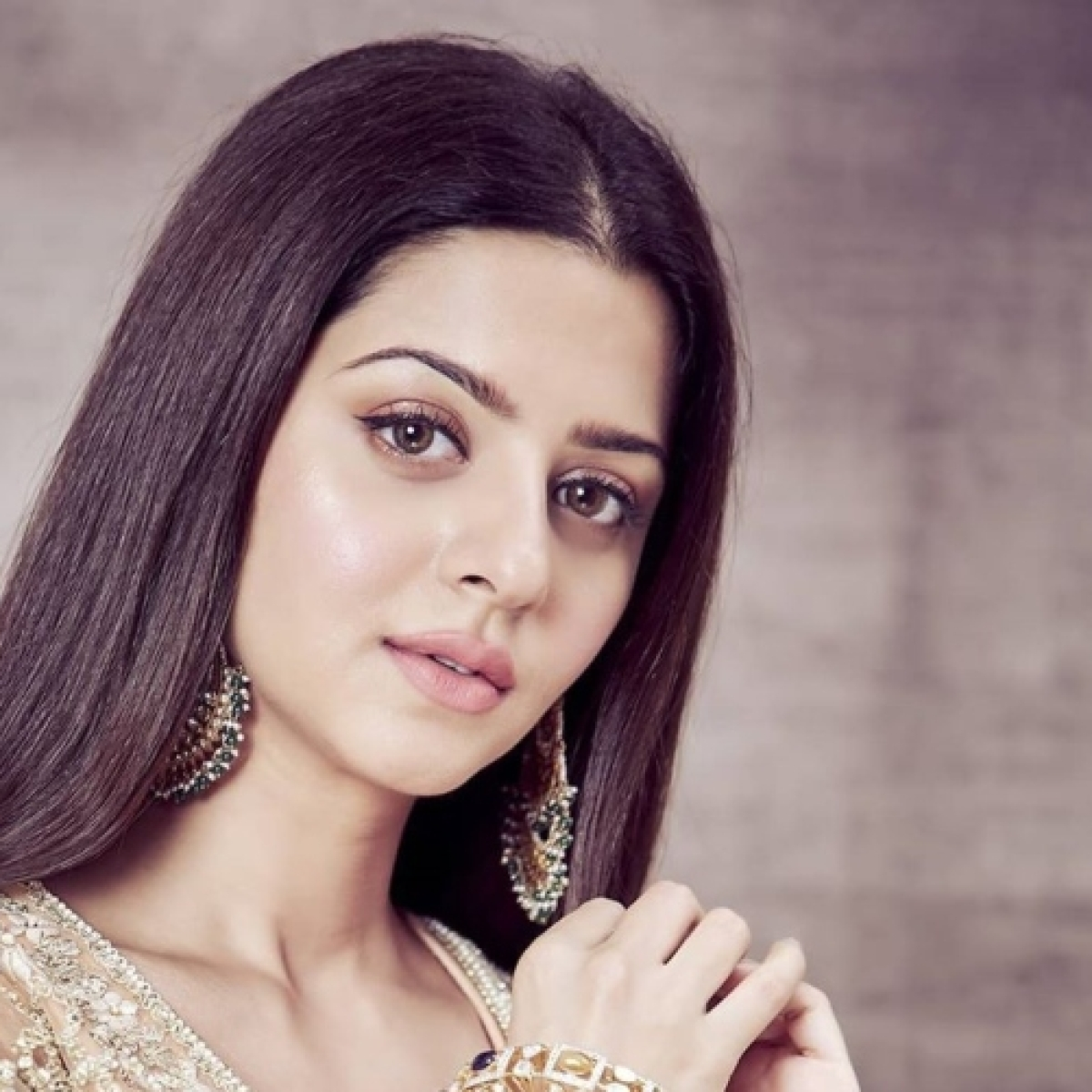 After Bollywood debut with 'The Body', actress Vedhika signs a web series!