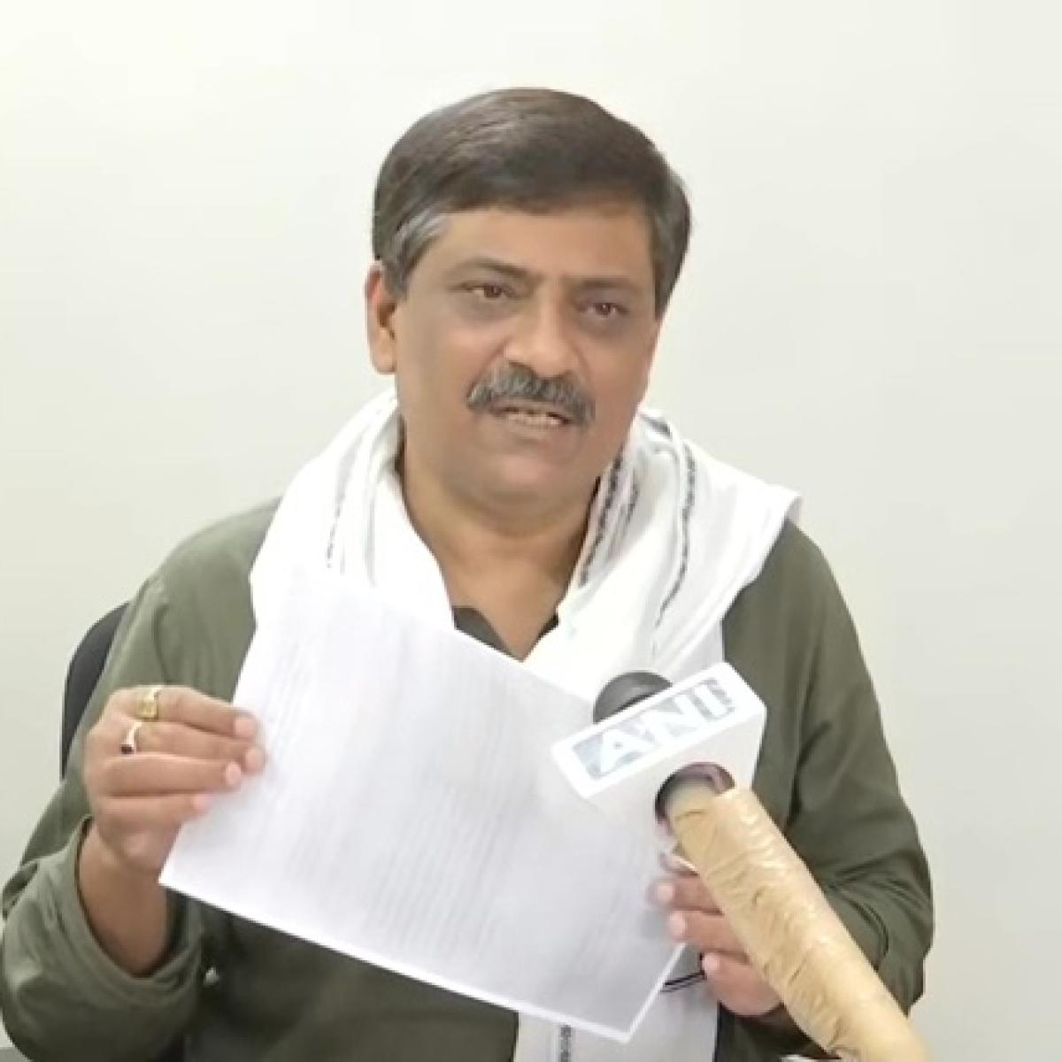 Bihar Minister accuses Delhi govt of asking for reimbursement of money for tickets of migrant workers from Bihar govt