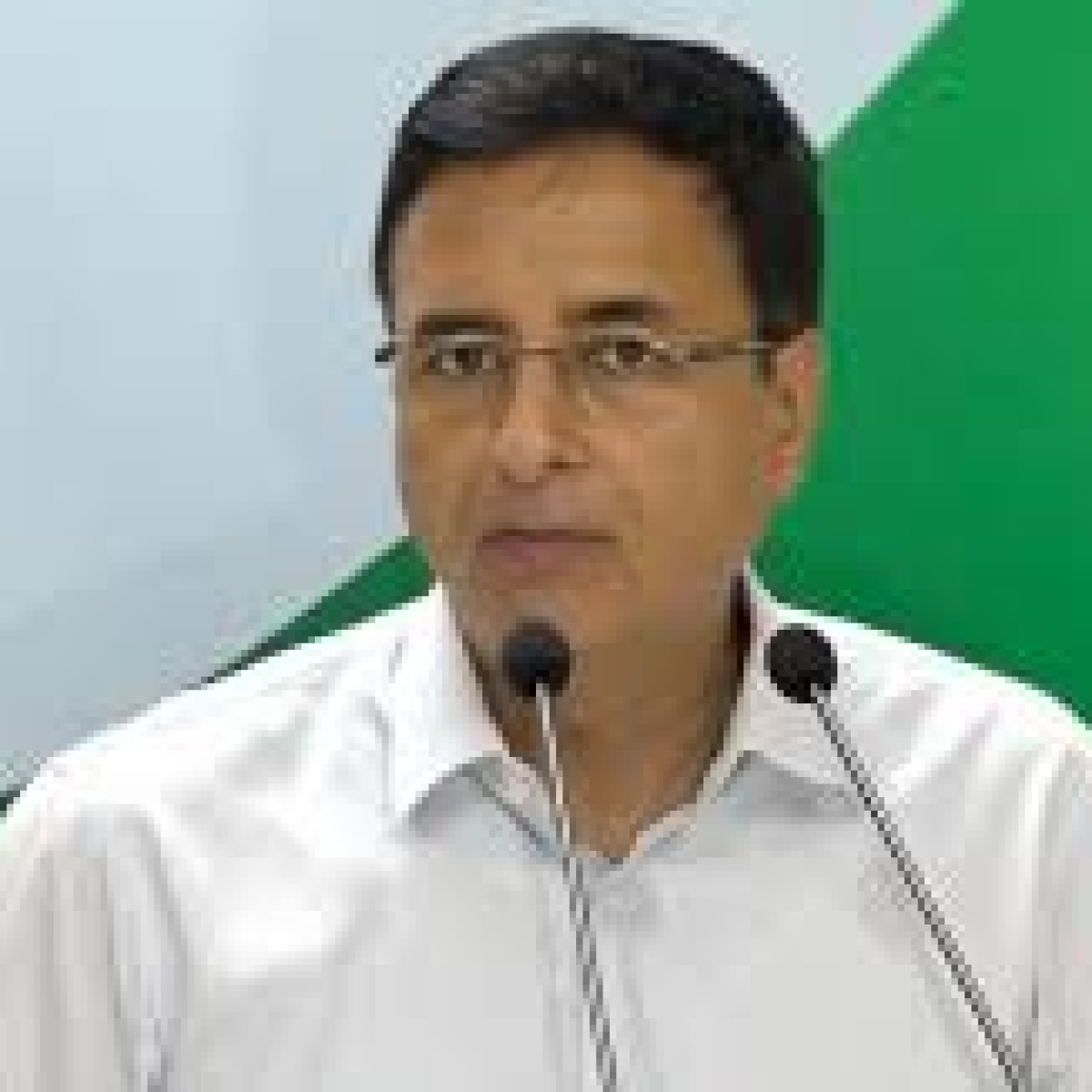 Grant full statehood, conduct elections in Jammu and Kashmir, says Congress