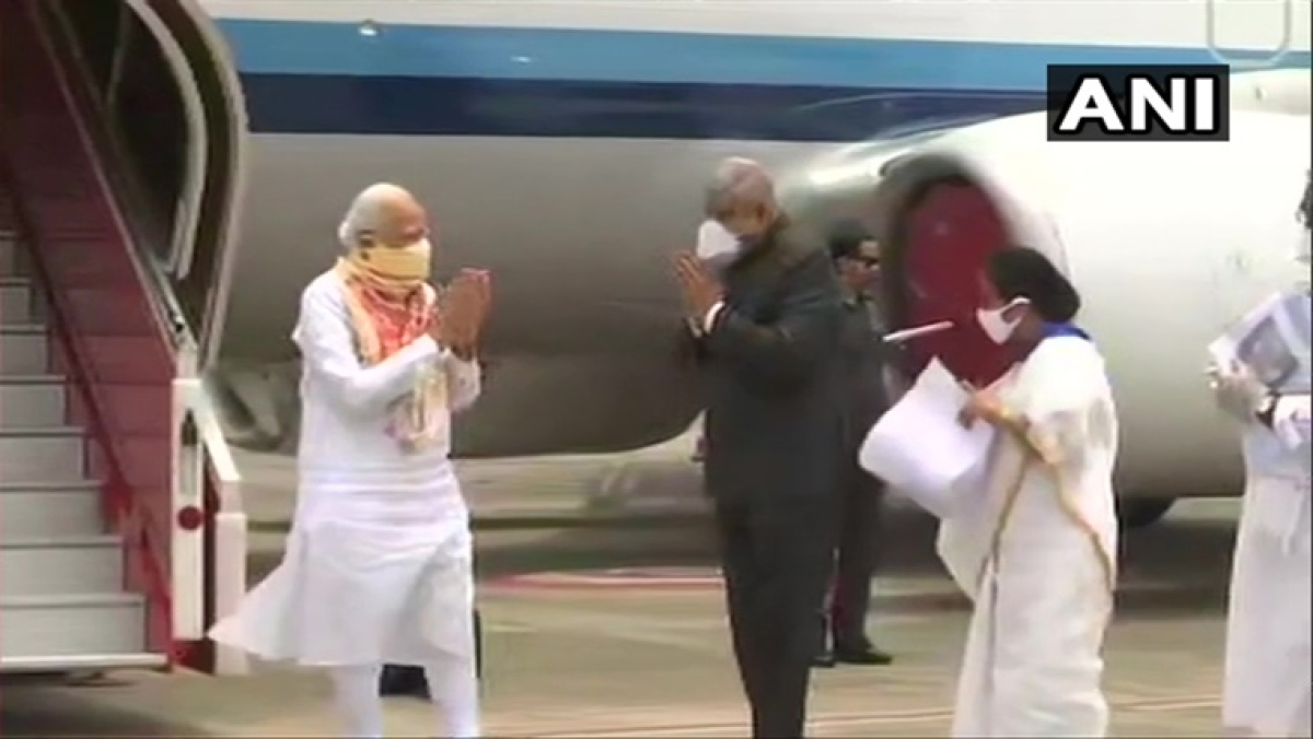 Cyclone Amphan: PM Modi arrives in West Bengal to take stock of situation