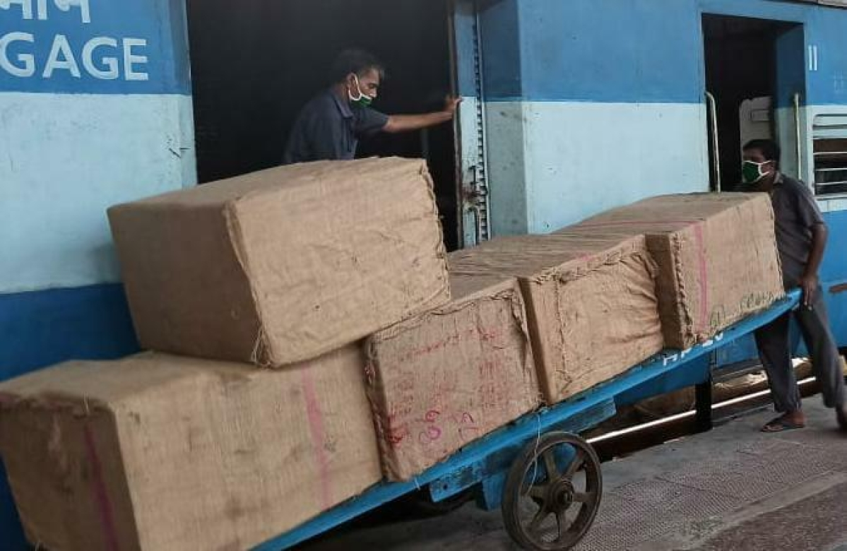 Western Railway transports 8.45 mn tonnes of essential commodities through goods trains