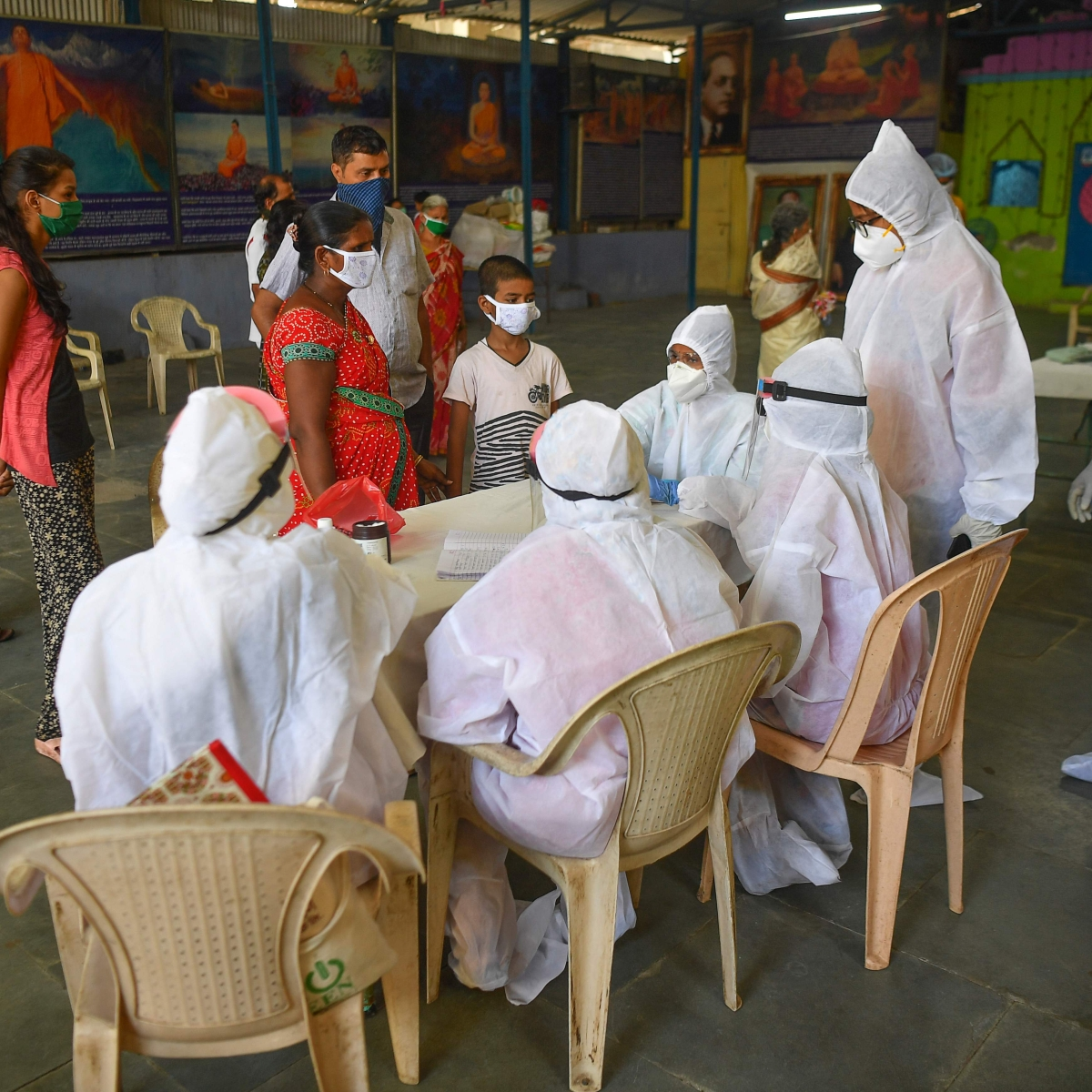 Coronavirus outbreak: 1,411 new COVID-19 cases in Mumbai take tally to 22,563; 43 die
