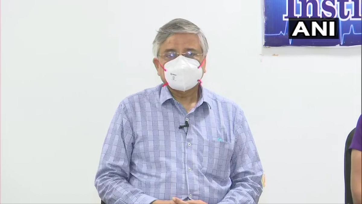 Amid rising coronavirus cases, AIIMS Director travels to Gujarat at Amit Shah's behest