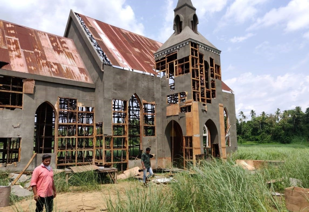 Hindu RW outfit destroys film set's church in Kerala, Shashi Tharoor slams 'vandals'