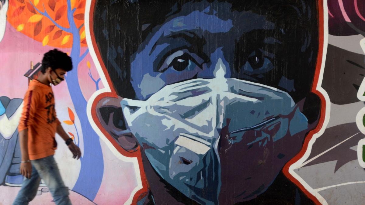 Coronavirus in Mumbai: Dharavi slum reports 94 new cases and 2 deaths