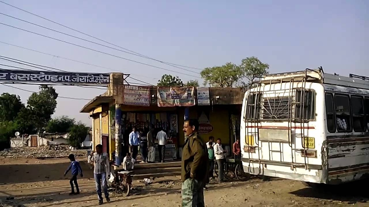 Madhya Pradesh: Bus owners demand payment of dues, threaten not to supply buses for election