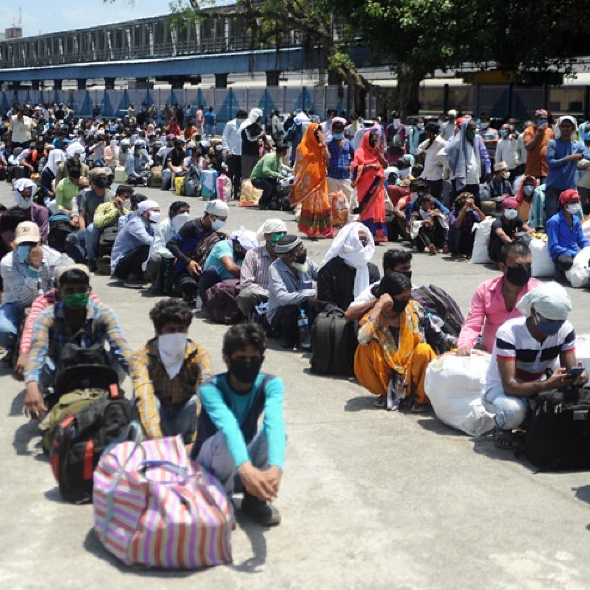 Coronavirus lockdown and Cyclone Amphan: Double blow for West Bengal and Odisha migrants stuck in Maharashtra