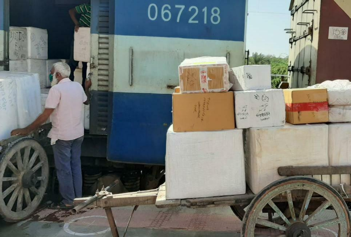 Despite lockdown, WR loads 3258 rakes of goods trains with 6.14 mn tonnes of essentials