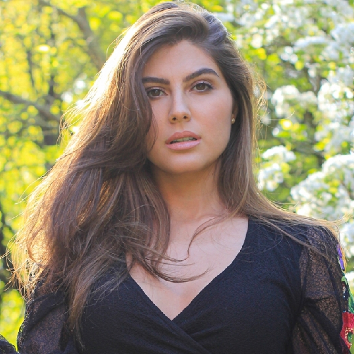 'Have been paying everyone despite no income': 'Sacred Games' actress Elnaaz Norouzi on coping with COVID-19 pandemic