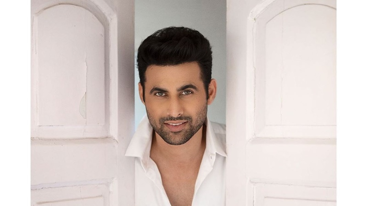 'Holiday' actor Freddy Daruwala's Mumbai bungalow sealed after his father tests COVID-19 positive