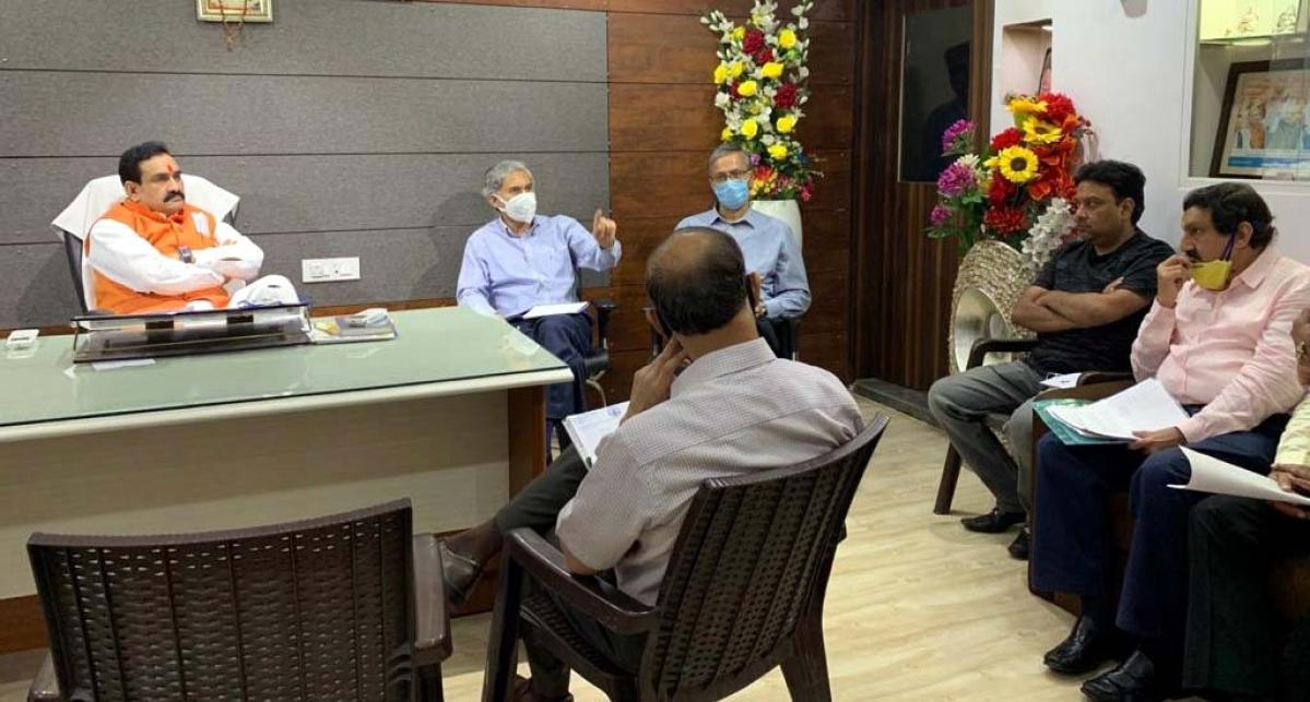 Liquor traders meet home minister Narottam Mishra on Tuesday