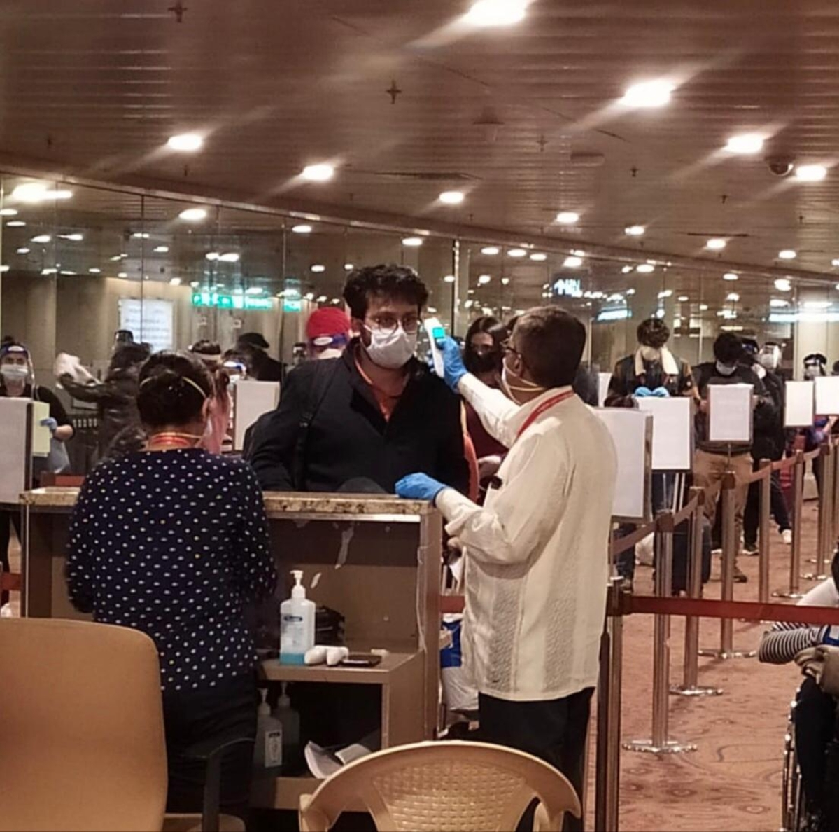 Vande Bharat Mission: Indians stranded in London, Singapore and other countries arrive at Mumbai Airport