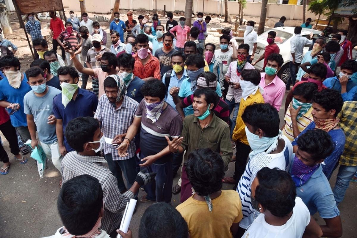 Villagers in Andhra Pradesh's Guntur protest against opening of liquor store